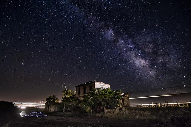 Estación Fantasma y Vía Láctea