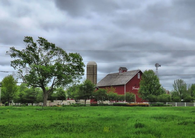 Hannaford barn HDR  20150519