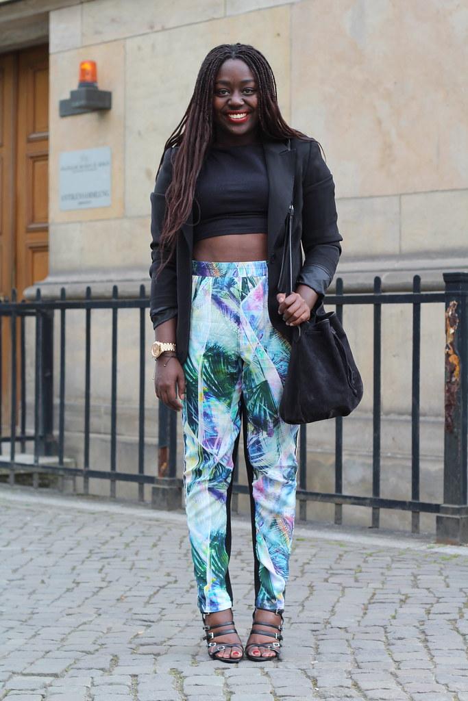 Lois Opoku Nümph print pants lisforlois
