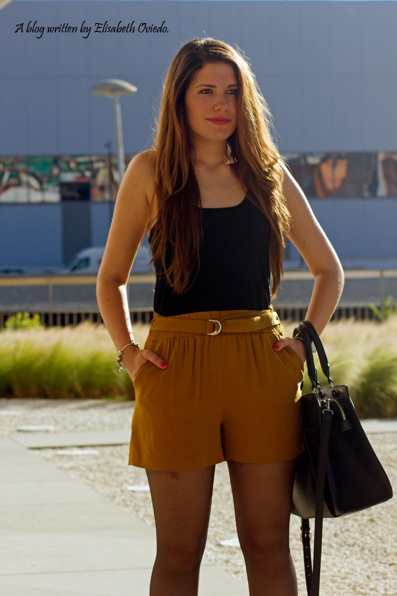 shorts mostazas ZARA HEELSANDROSES (2)