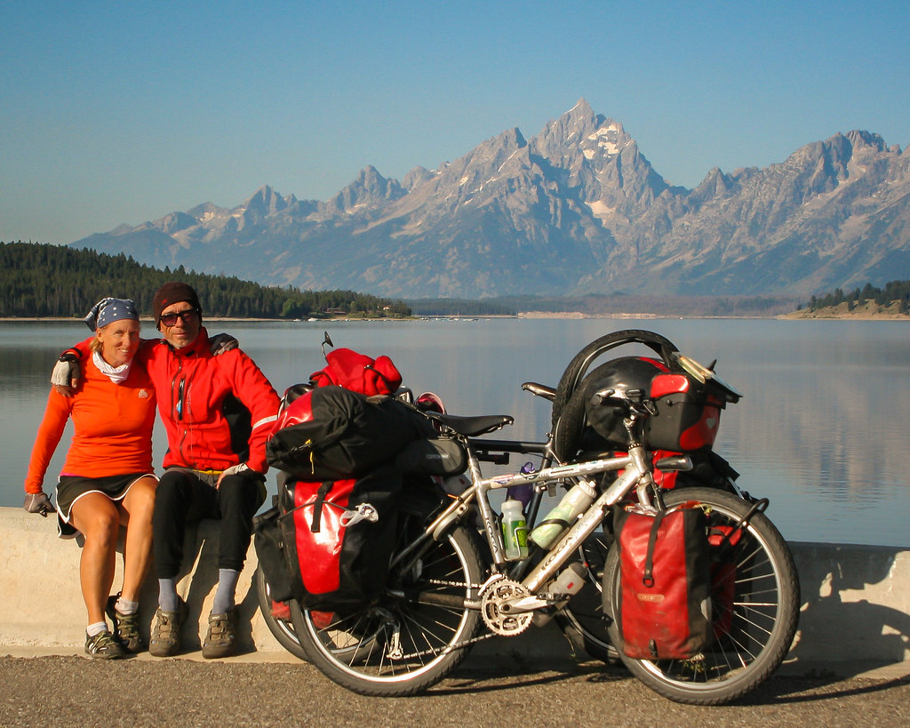 bike touring on GDMBR (Great Divide Route)