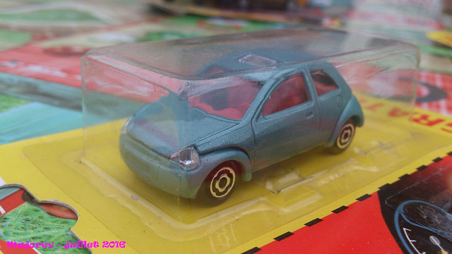 N°227 - Ford Ka 28720215840_3779e91195_z