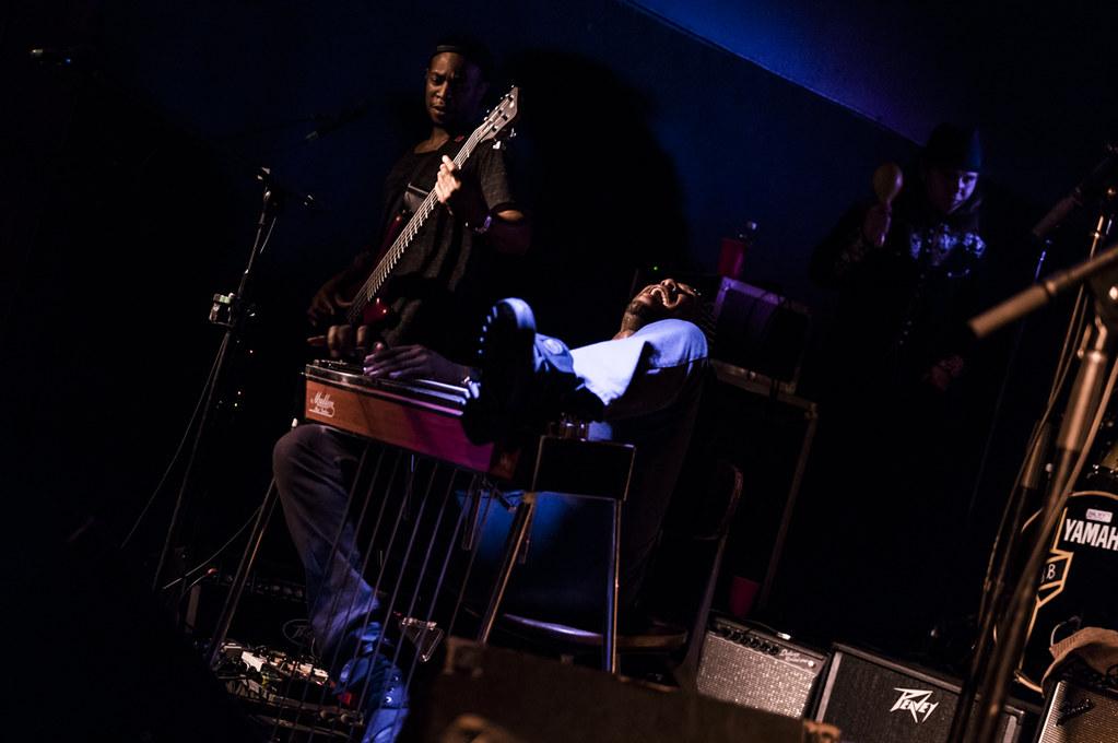 Robert Randolph & The Family Band at Knickerbockers | May 29, 2015