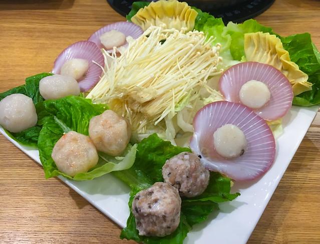 scallops-sui-kaw-fishballs