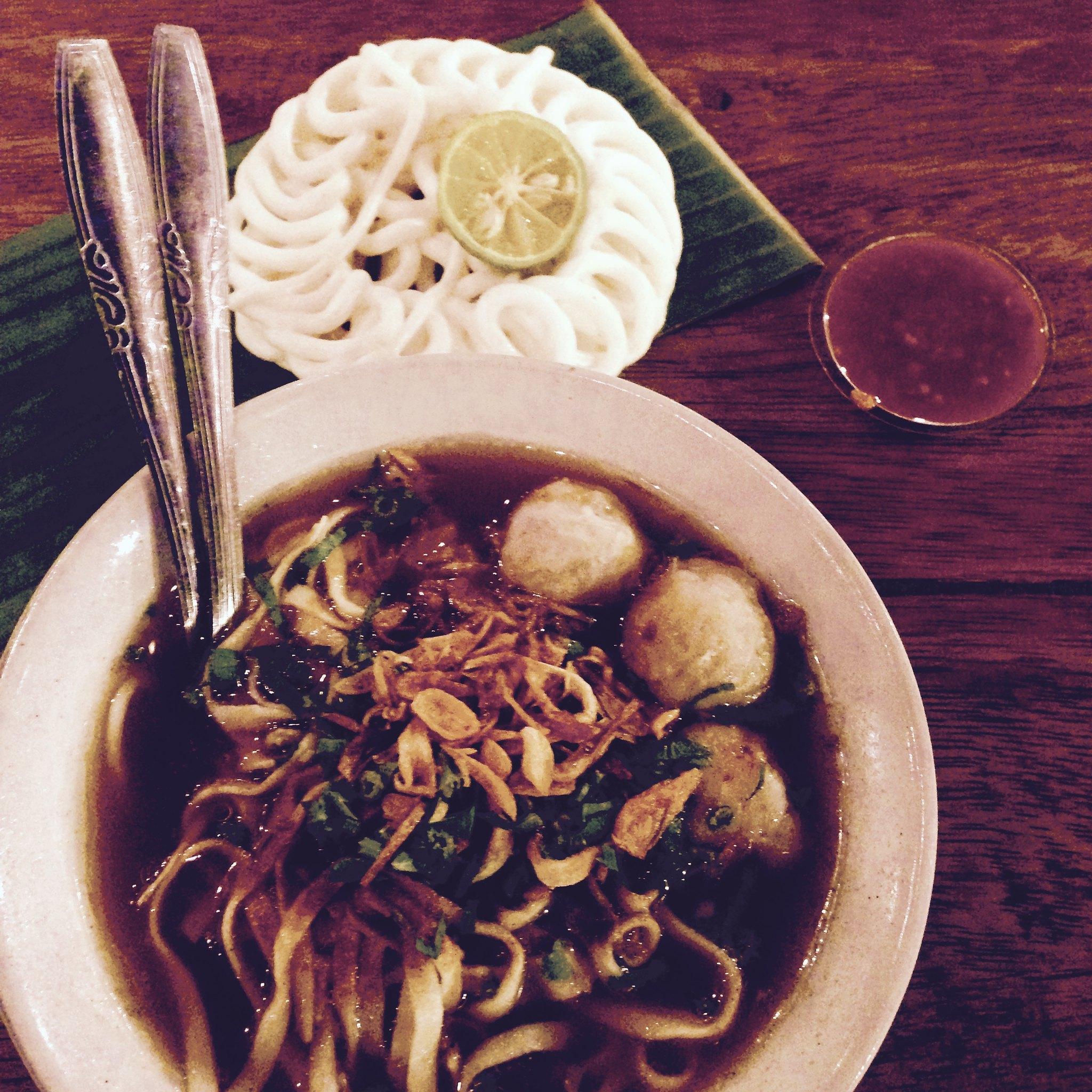 Mie Kocok Baso, Bandung