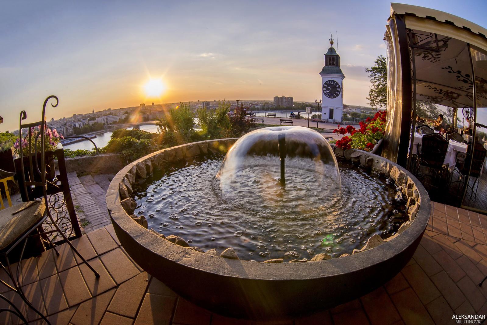Terasa na Petrovaradinskoj tvrdjavi | by AleksandarM021