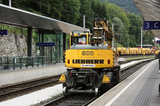 [157/365] Schienenbagger | Leoben Hbf