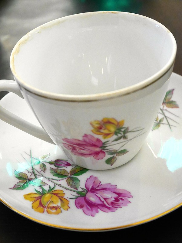 uk fashion lifestyle blogger laurenella review miss victorias floral emporium vintage teacup flower workshop