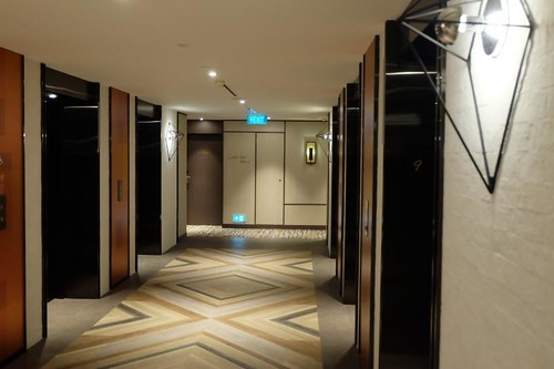 Mundo SG, Singapore