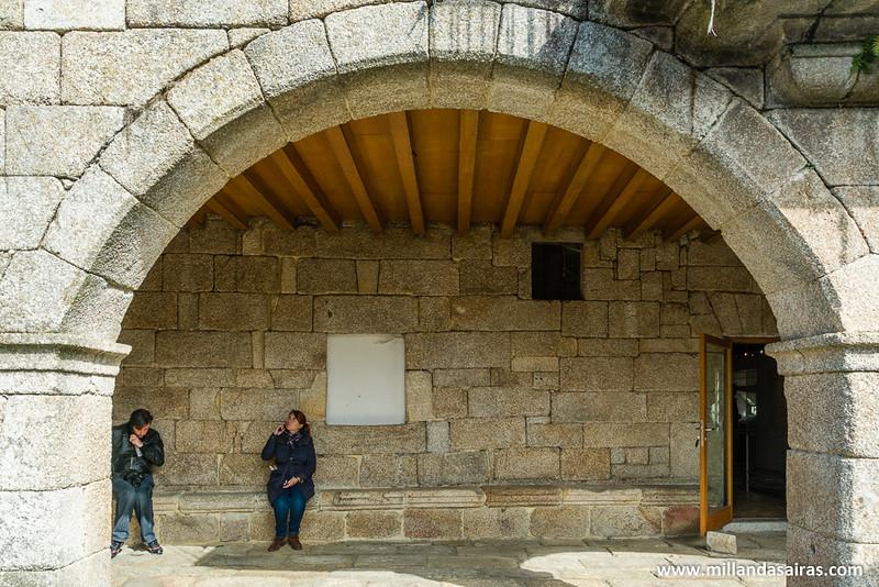 Cogiendole el punto a las audioguías para recorrer el Castillo de los Condes de Ribadavia