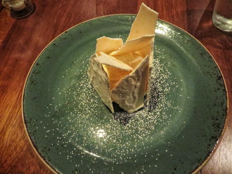 Meringue dessert at Stravaigin, Glasgow