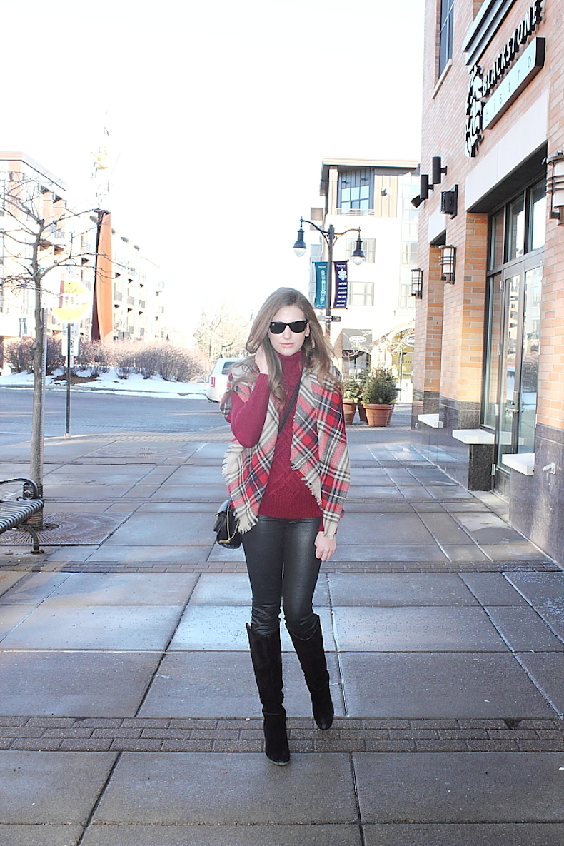 outfit-ideas-for-red-turtleneck
