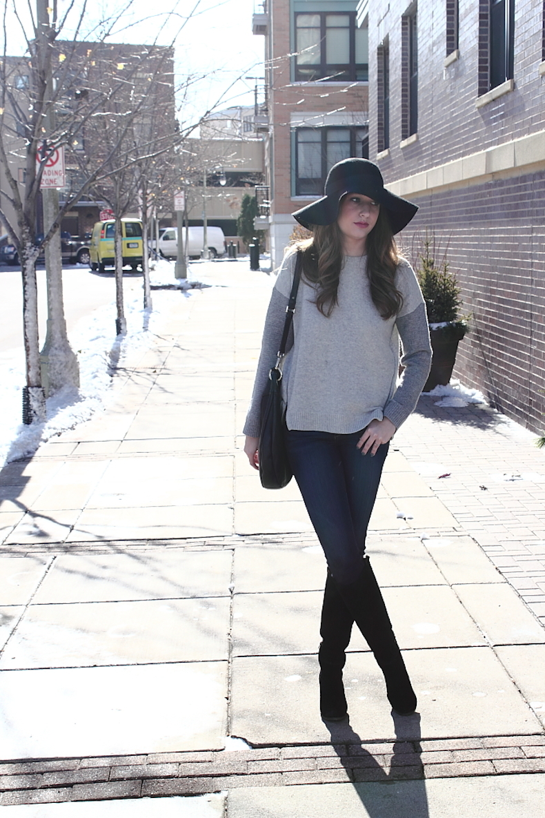 outfit-ideas-for-a-grey-sweater