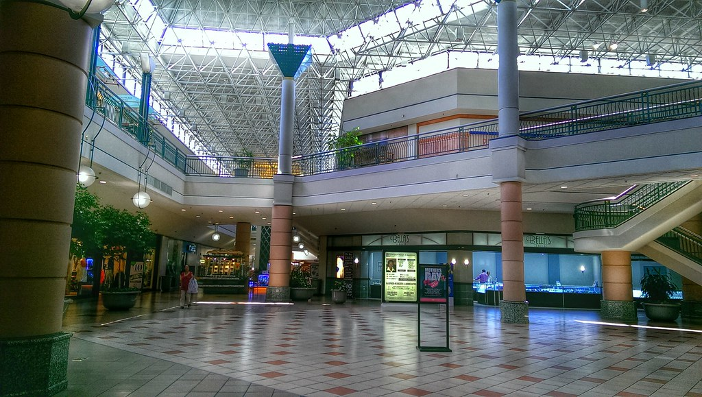 Try These Westgate Mall Stores {Mahindra Racing}