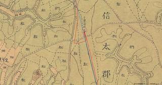 稲荷神社脇の駅路痕跡