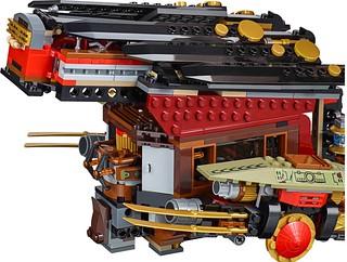 LEGO Ninjago 70738 - Final Flight of Destiny's Bounty