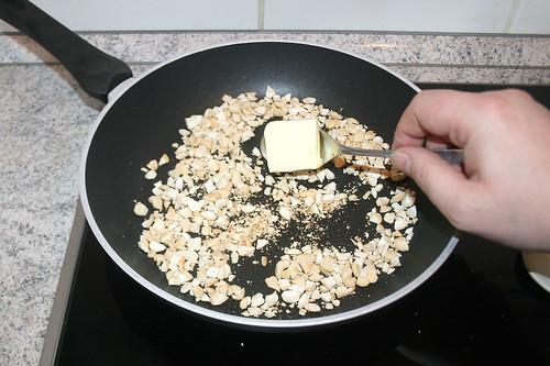 31 - Butter hinzufügen / Add butter