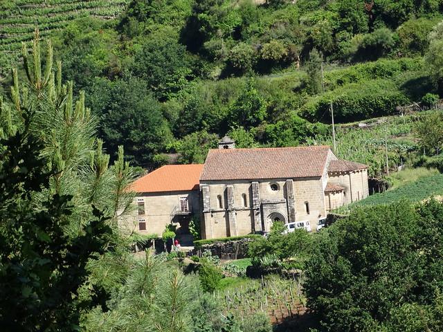 Iglesia de San Vicente de Pombeiro en Pantón