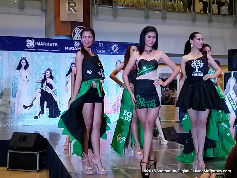 23-Miss-Earth-2015 #SMGreenBag Fashion-Show-022