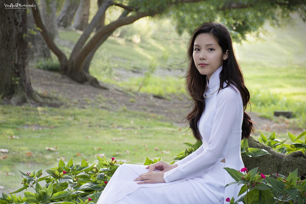 Ao Dai Trang Viet Nam Vietnamese White Traditional Dress F