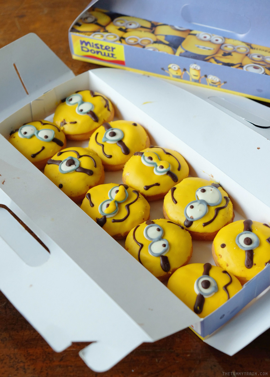 28640816506 82a03ca74d h - Minions invade Mister Donut + An Overload of Donuts Giveaway!