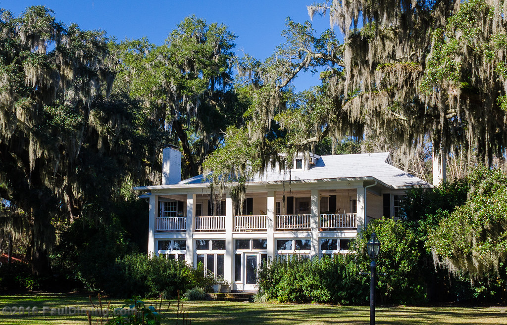 Southern living on bluff drive isle of hope savannah g for Southern living login