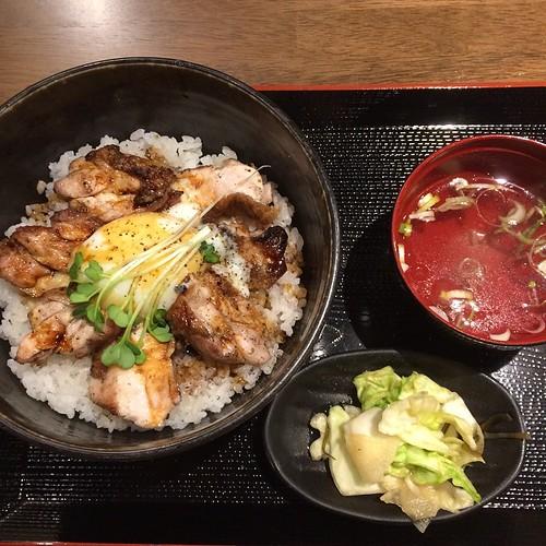 桜姫鶏焼とり丼 500円 (@ 四文屋 札幌北2条店)