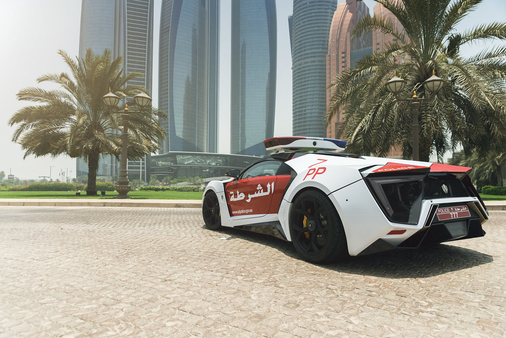New Smart Car >> Abu Dhabi Police - Lykan Hypersport (Official Press) | Flickr