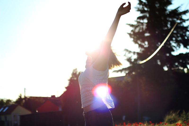 Alisha Mohnfeld mit Sonne juni 2015 019gimp