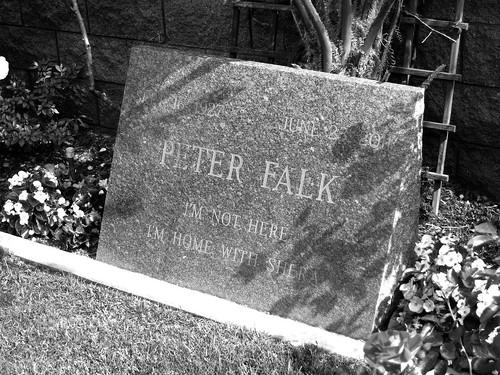 15.46.56 Peter Falk
