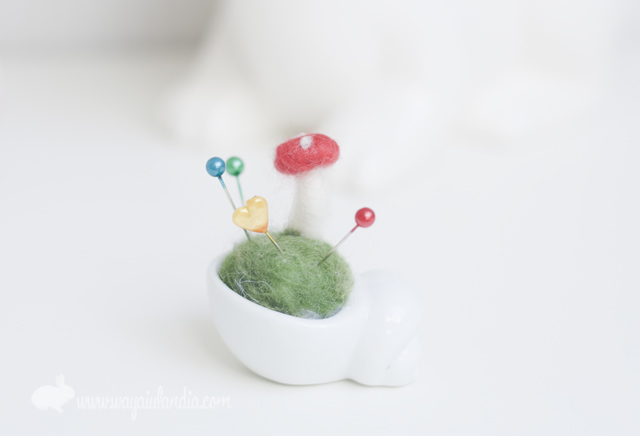 Alfileteros mágicos en caracola de cerámica