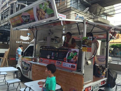 2015-05-01 Food truck BKK (12)