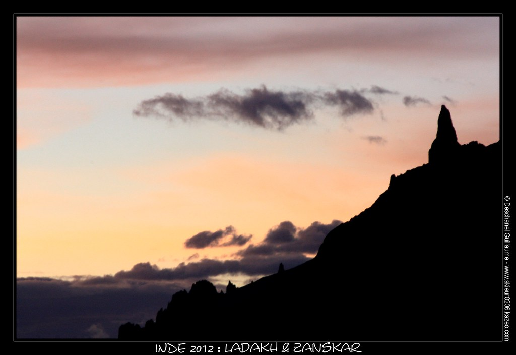 JOUR 22 : 18 AOUT 2012 : PHOTOKSAR - SIRSIR LA (4850M) - SNIUGUTSE LA (5100M) - PIED DU SHILLA KONG
