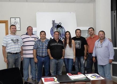 Foto de familia de la nueva junta directiva de la APDM