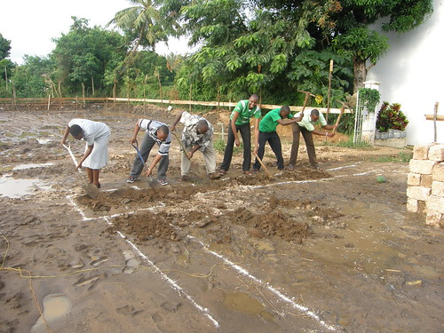 Our GLO:SBM A Team getting stuck in