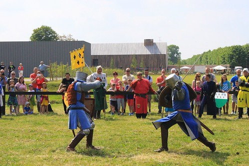 knights fighting with swords in show