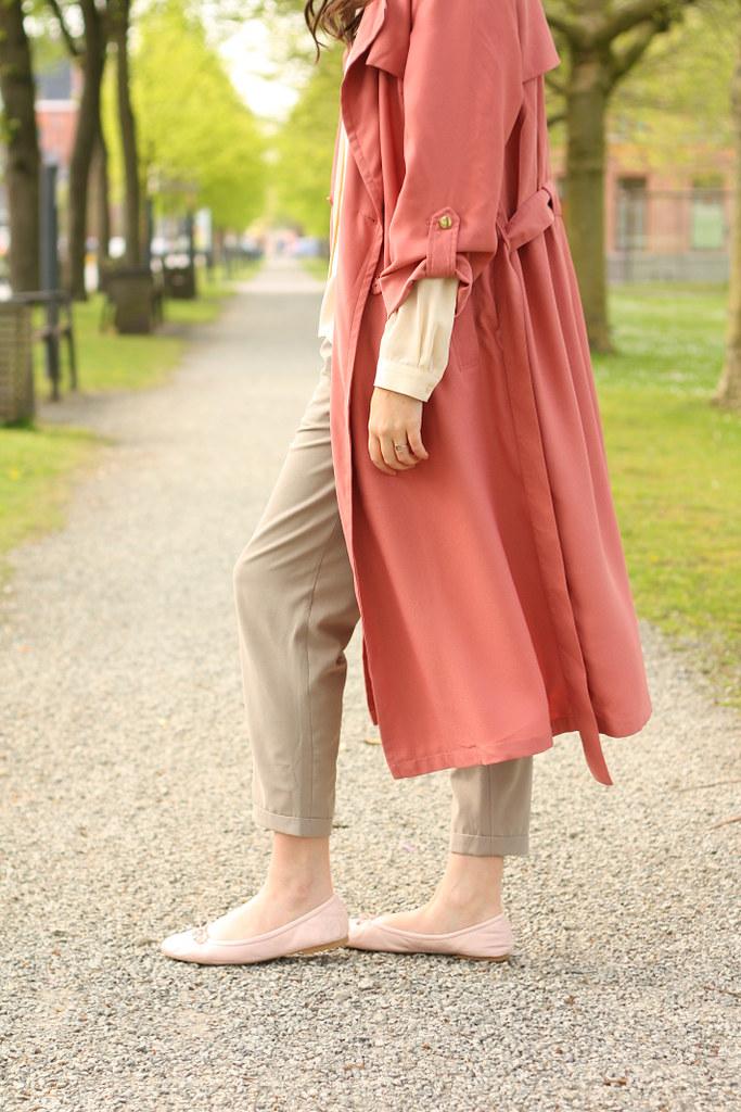 pink duster coat, Sam Edelman Felicia ballet flats