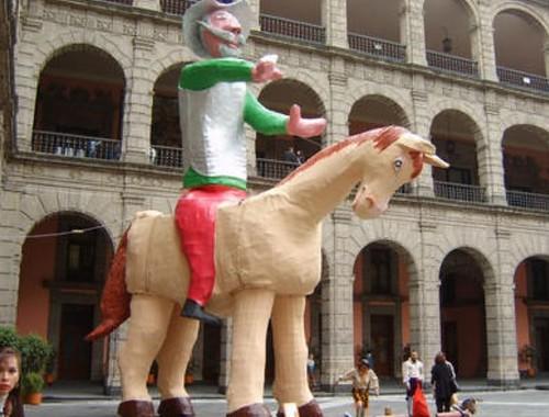 Festejan al Quijote con primera edición íntegra en castellano actual