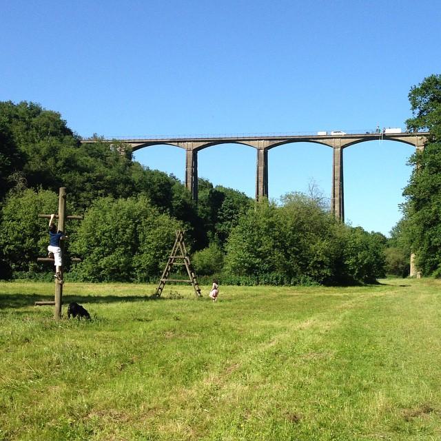 Aujourd'hui monsieur a sauté du viaduc #Sarthe