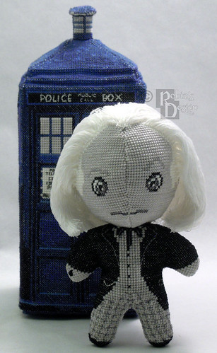 Doctor Who 3D cross stitch patterns by Robins Design - William Hartnell