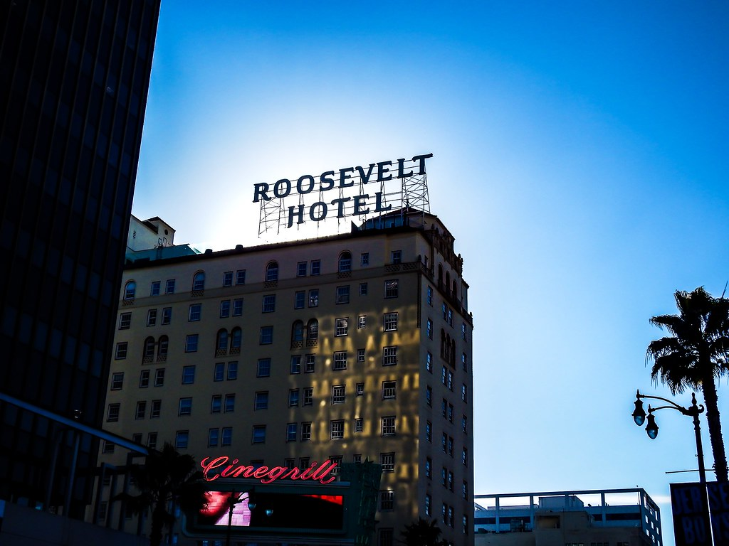 Roosevelt hotel hollywood los angeles constapix flickr for Hollywood beach resort haunted