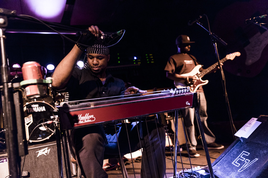 Robert Randolph & The Family Band at Knickerbockers | May 29, 2015