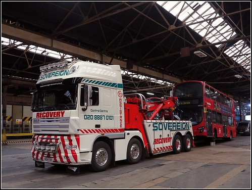 Holloway garage open day 2016 sovereign recovery daf xf for Garage daf tours