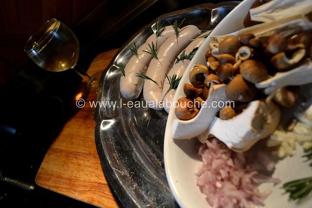 Saucisse de Veau Grillée & Mélange de Champignons à la Plancha © Ana Luthi 008_GF