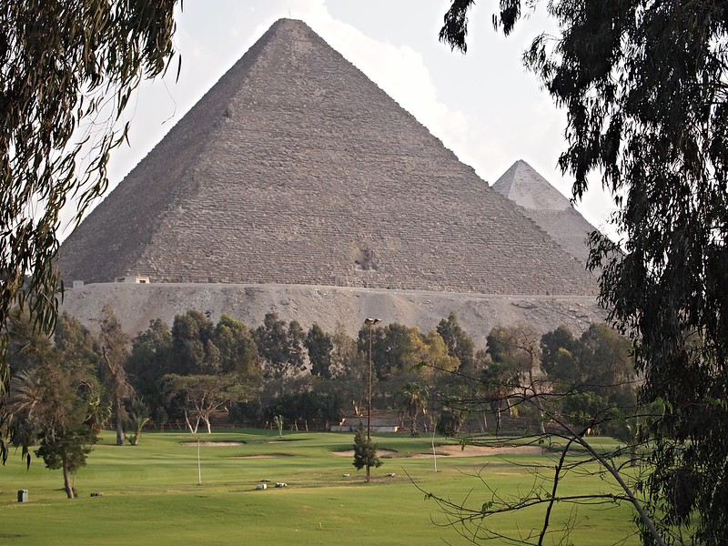 pyramid-golf