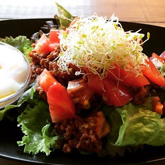 "sorry you can't call it ""taco rice""...was just bolognese meat sauce & without cheese! #émucafe #minoo #osaka #lunch #nottacorice"