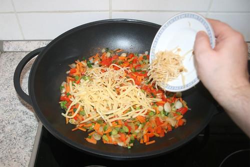 47 - Bambussprossen & Mungobohnenkeimlinge hinzufügen / Add bamboo & bean shoots