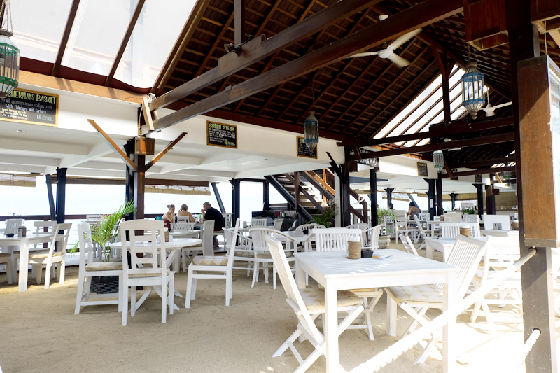 PLACES TO EAT IN GILI